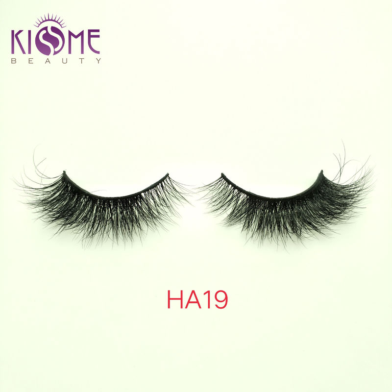 Thick Convenient Natural Mink Eyelashes Long Smooth Surface Lasting Time HA19 supplier